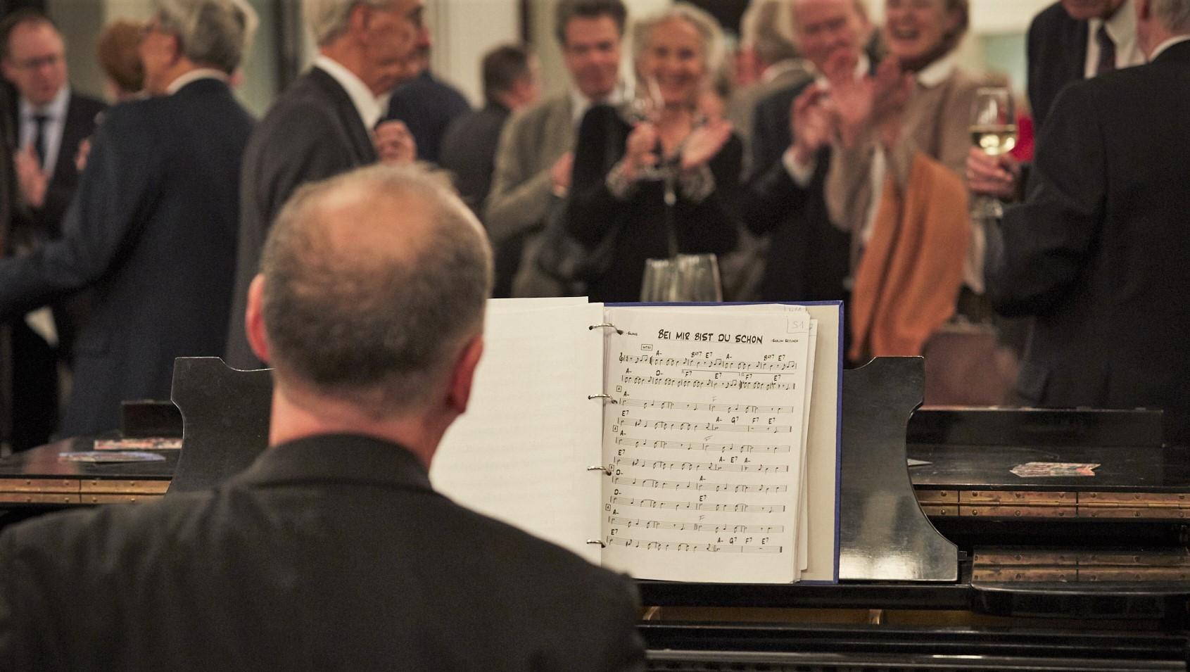 Empfang Piano
